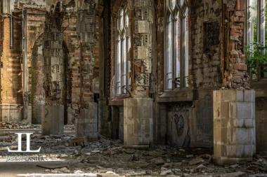 Abandoned Saint Agnes Cathedral Detroit-28